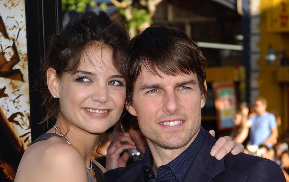 Tom Cruise in Katie HolmesKatie Holmes (40 let) je bila velika Tomova (56 let) oboževalka, še preden je postala slavna igralka. Kar v nekaj intervjujih je povedala, da bi si želela z njim poročiti. In to se je zgodilo leta 2006, a žal se ni izšlo in šest let pozneje sta se ločila. (foto: Profimedia Profimedia, Bauer Griffin)