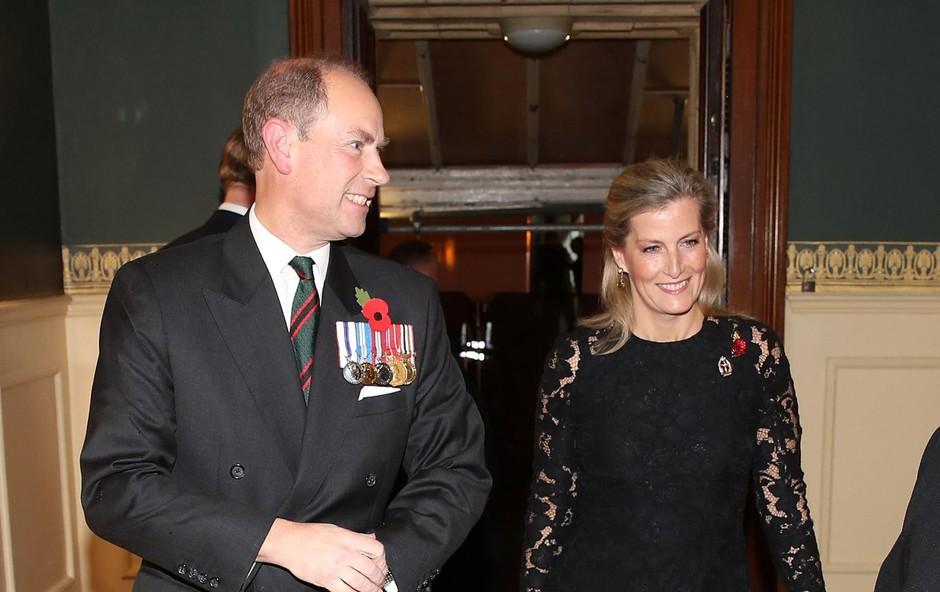 Vsake toliko morata tudi Sophie in njen soprog princ Edward prisostvovati uradnim dolžnostim. (foto: Profimedia Profimedia, Press Association)