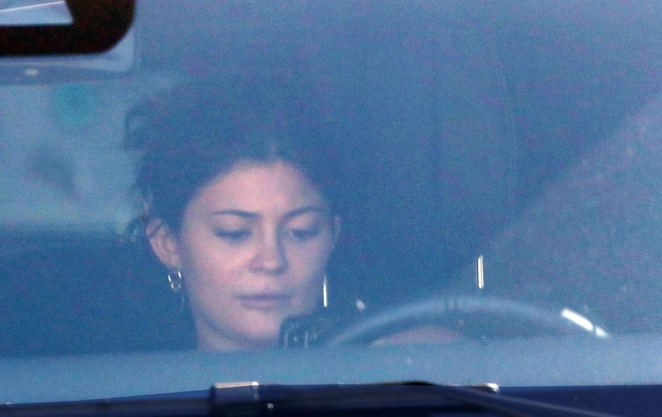 Kylie Jenner paparaci ujeli povsem brez ličil (foto: Profimedia)