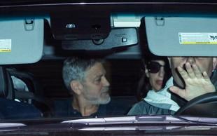 Amal in Georga Clooneyja paparaci zasačili sredi žolčnega prepira