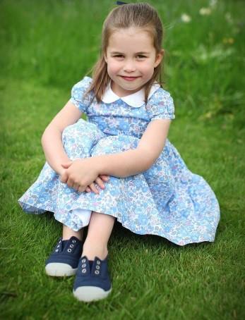 Na dan prišle nove fotografije ljubke princese Charlotte (foto: Profimedia)