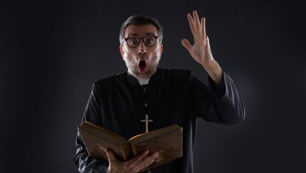 Na papeški univerzi v Rimu poteka tečaj za izganjalce hudiča (foto: profimedia)