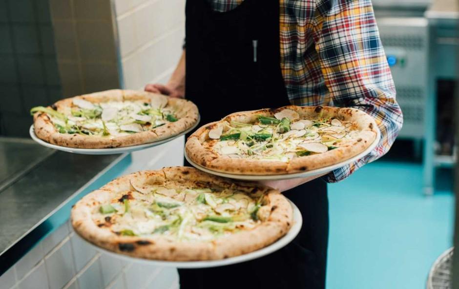 Že poznate koristi pice s kislim testom? So odličnega okusa, lahke in prebavljive! (foto: Promocijski material)
