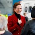 Kate Middleton pred vsemi popravila princa Williama in vse spravila v smeh