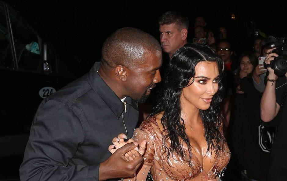 Kim Kardashian in Kanye West dobila četrtega otroka (foto: profimedia)