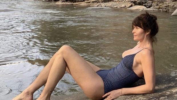 Helena Christensenpri 50 letih na plaži jemlje dih (foto: Profimedia)