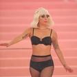 "Lady Gaga pod udarom ruskih trolov zaradi Irine: ""Vrnili smo Krim, vrnili bomo tudi Bradleyja!"""