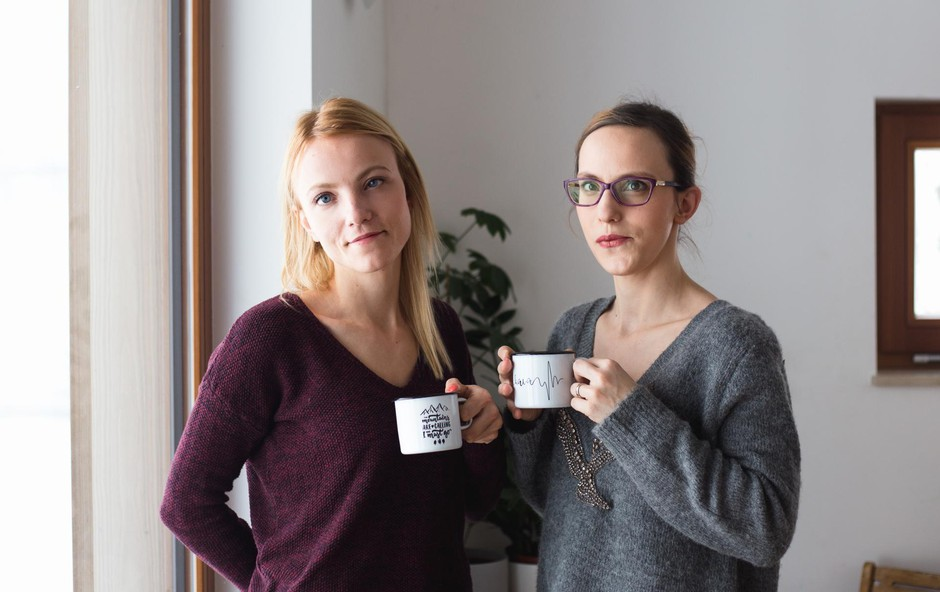 Nina Majcen in Urška Golob (blagovna znamka Cuckoo Cups): Ko dobra ideja postane uspešen projekt (foto: Oa)