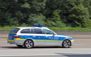 Nesreča avtobusa v Nemčiji terjala eno smrtno žrtev in več deset poškodovanih