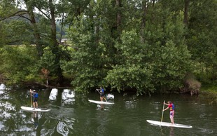 Suparji za ogrevanje očistili Ižico, jutri še po Ljubljanici