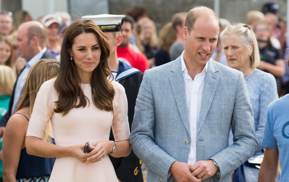 Princ William se pred poroko s Kate Middleton ni obnašal prav nič pravljično (foto: Profimedia)