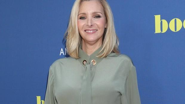 Lisa Kudrow danes - Kljub letom  je še vedno videti mladostna,  kot takrat, ko je igrala Phoebe. (foto: Profimedia Profimedia, Splash - Aktivní)