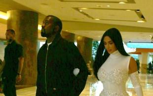 Kim Kardashian kaj takšnega do zdaj še ni oblekla