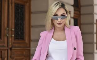 """Maya Berović: """"Rada sem v stiku z občinstvom, to me dela živo"""""""