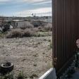 Mesto v Novi Mehiki ustavilo zasebno gradnjo mejnega zidu