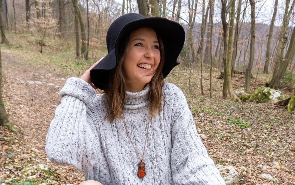 Jasmino Drolc je polimerna glina navdušila zaradi neomejenih možnosti ustvarjanja. (foto: Oa)