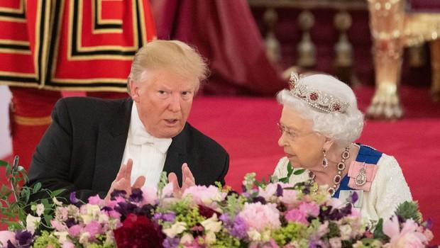 Trump je na večerjo s kraljico pripeljal še svoje štiri odrasle otroke (foto: Profimedia)