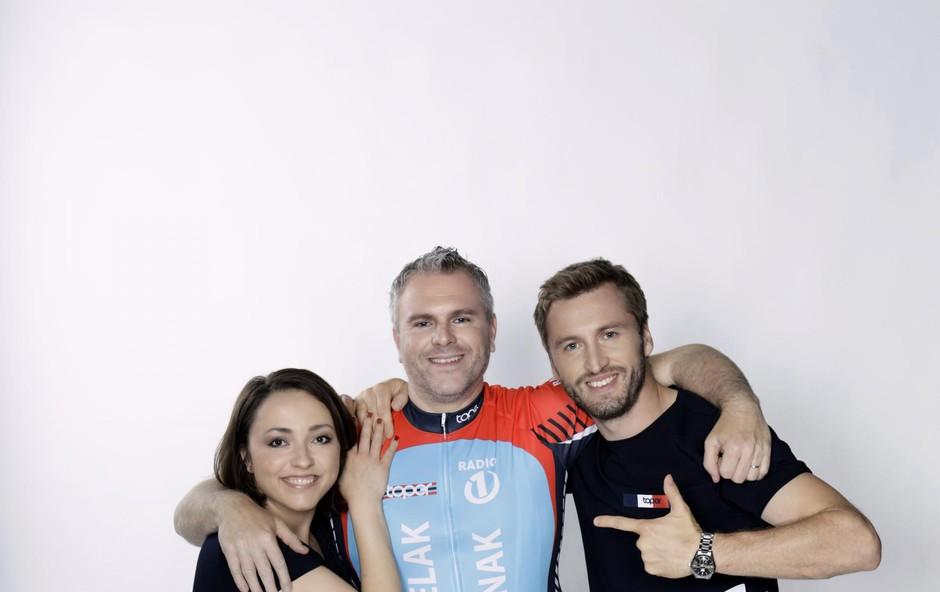 Deželaka bosta v studiu spremljala tudi sovoditelja Denis Avdić in Anja  Ramšak z gosti. (foto: Darja Štravs Tisu)