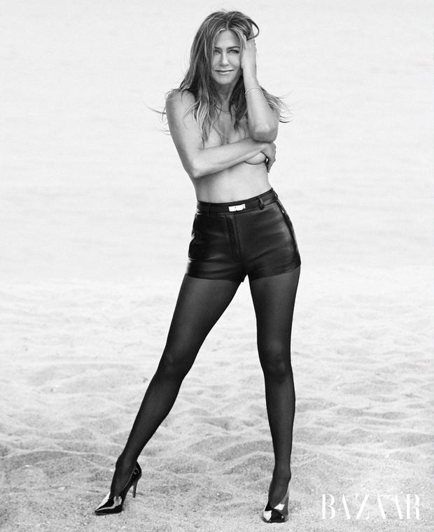 Jennifer Aniston razkrila, da je najraje gola (foto: Profimedia)