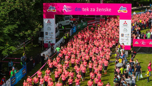 Start 14. dm teka za ženske (foto: Anze Malovrh)