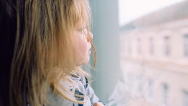 5 čustvenih ran, ki jih v razmerje prinesejo v otroštvu zanemarjene ženske (foto: profimedia)