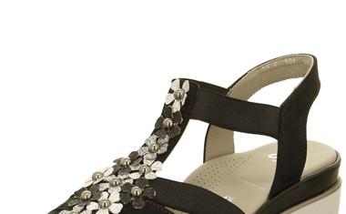 5 čevljev, ki jih potrebujete v svoji poletni garderobi