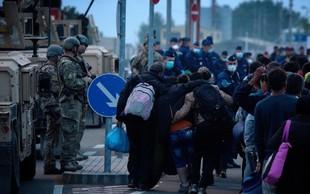 Hrvaška na mejnih prehodih z BiH postavlja premično kovinsko ograjo