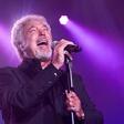 Tom Jones: Špartanske koncertne priprave legendarnega glasbenika