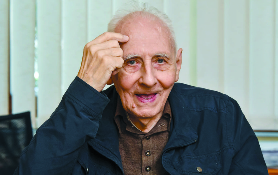 Tako je nekdanji profesor fizike Jožko Battestin pričel pisati knjigo o grafologiji (foto: Primus Press)