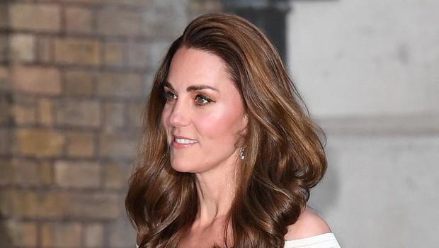 """Tudi Kate Middleton """"podlegla"""" modni barvi las (foto: Profimedia)"""