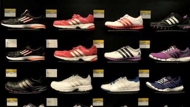 Adidasu ni uspelo razširiti zaščite znamenitih treh črt (foto: Tamino Petelinšek/STA)