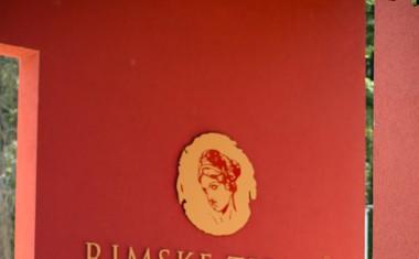 Kopalno sezono v Rimskih termah je odprla Rebeka Dremelj
