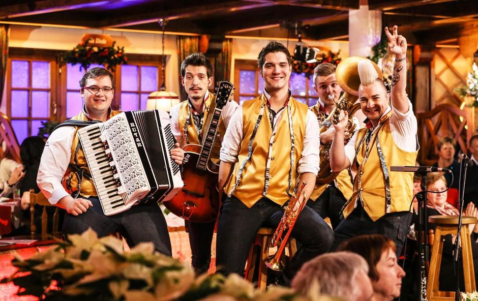 Poskočni muzikanti so zaradi svoje razigranosti pravi obraz slovenskih veselic. (foto: Arhiv)
