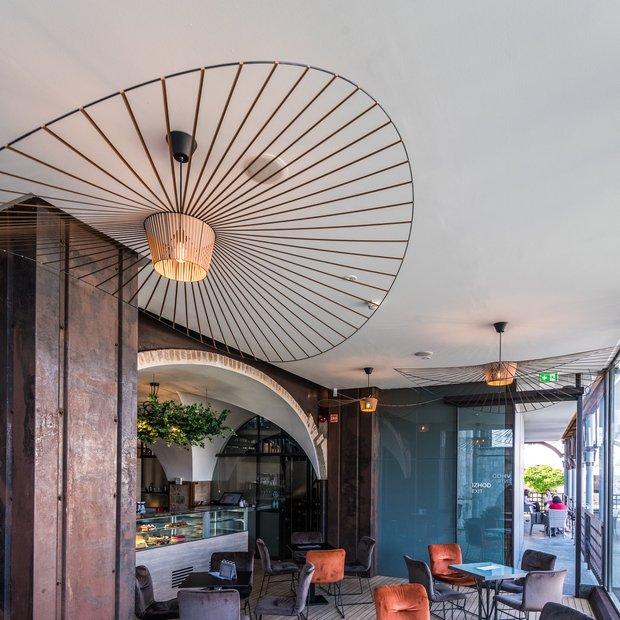 Grajska kavarna pod streho Ljubljanskega gradu