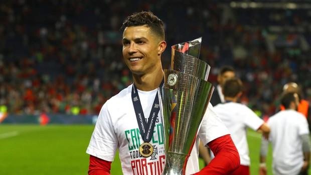 Cristiano je tako slavil, ko je Portugalska postala zmagovalka lige A Uefine Lige narodov. (foto: Profimedia Profimedia, Temp Rex Features)