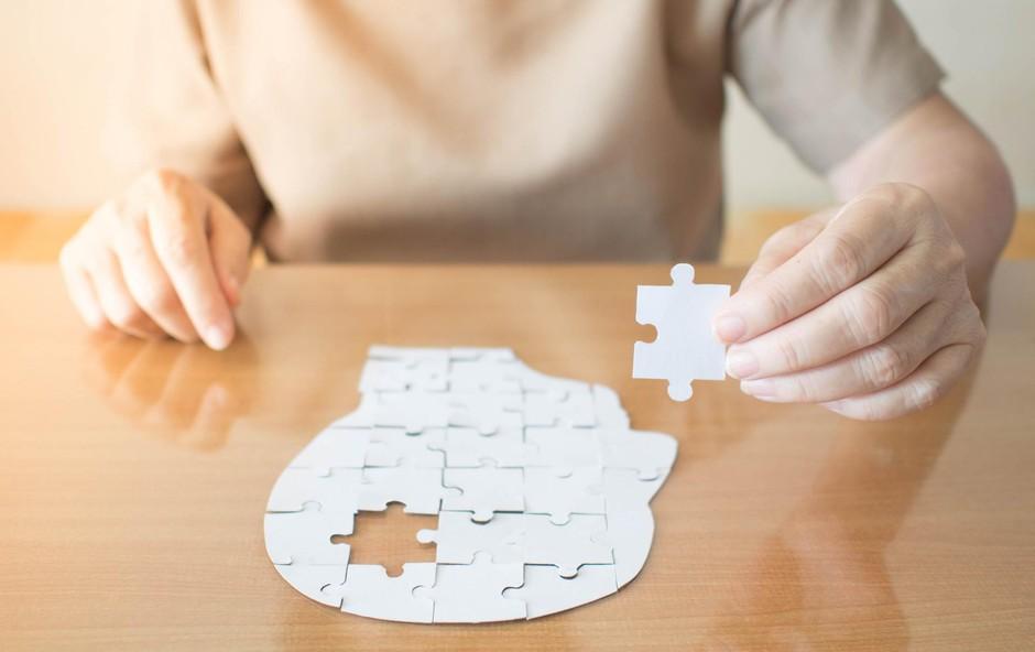 Zdravje: Spoznajte razliko med pozabljivostjo in demenco (foto: Shutterstock)