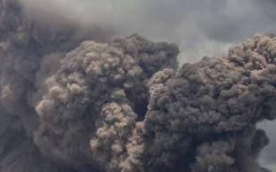 Popoldne je izbruhnil vulkan Stromboli, za zdaj ena žrtev