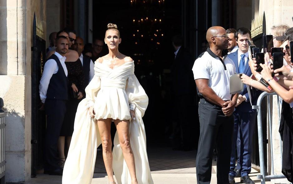 Kaj se dogaja s Celine Dion? Po hujšanju še nenavadno vedenje! (foto: Profimedia)