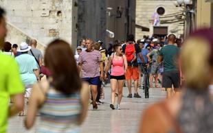 Zadar: Britanski vojaki s svojim nasilnim vedenjem vnesli razburjenje med prebivalce