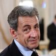 Je Nicolas Sarkozy po nekakšnem čudežu čez noč zrasel!?