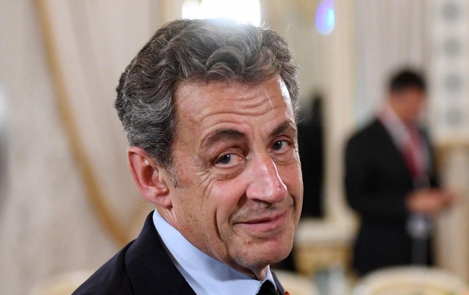 Je Nicolas Sarkozy po nekakšnem čudežu čez noč zrasel!? (foto: profimedia)