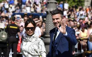 Poglejte si, kako sta Victoria in David Beckham združila krst in zabavo