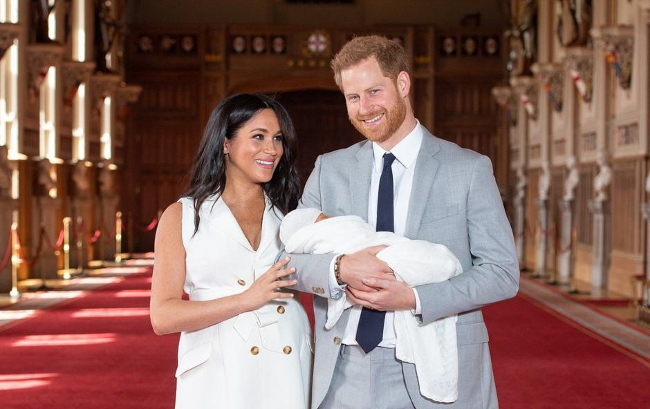 Dvomesečnega sina Harryja in Meghan Archieja so krstili brez oči javnosti (foto: profimedia)