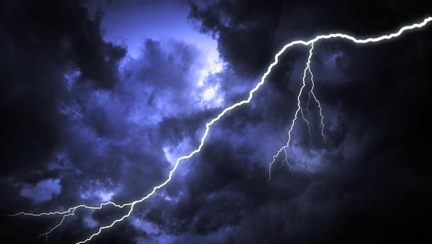 Zvečer in ponoči v jugozahodnem delu države možne močnejše nevihte (foto: profimedia)