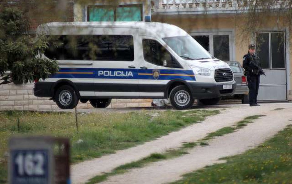 Hrvati na meji prijeli slovenski par z več kilogrami mamil (foto: HINA/STA)
