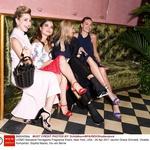 RADA IMA MODO<br />Jazmin Grace Grimaldi, Violetta Komyshan, Sophia Macks, Iris van Berne na modni reviji Ferragamo v New Yorku. (foto: Foto: Profimedia Profimedia, Temp Rex Features)