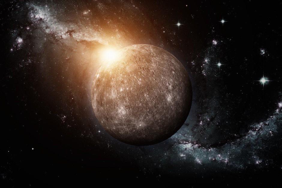 Prihaja prvi retrogradni Merkur v 2020; kaj svetuje astrologinja?! (foto: Profimedia)