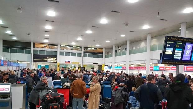 Na letališču Gatwick znova vzpostavljen promet (foto: Profimedia)