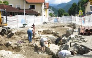 V Cerkljah na Gorenjskem odkrili slovanske grobove iz 10. in 11. stoletja