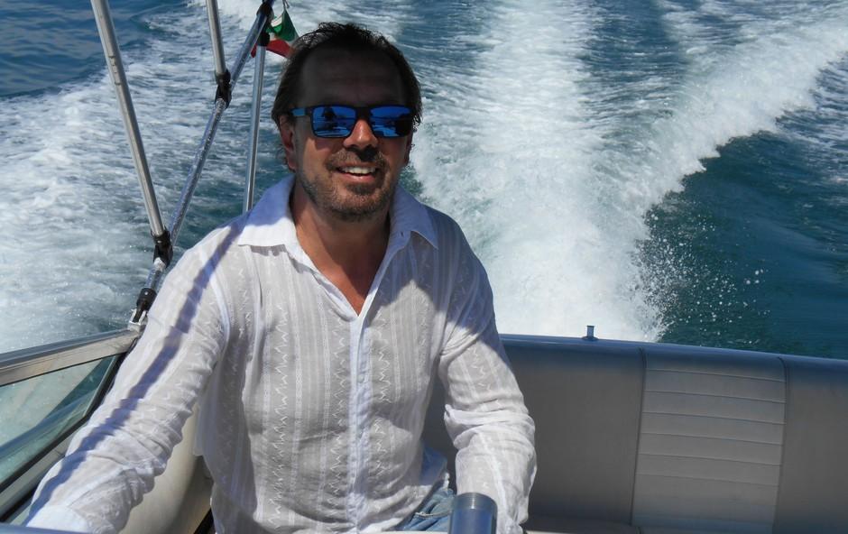 Gianni Rijavec se poleti prelevi v strastnega mornarja (foto: Osebni album)
